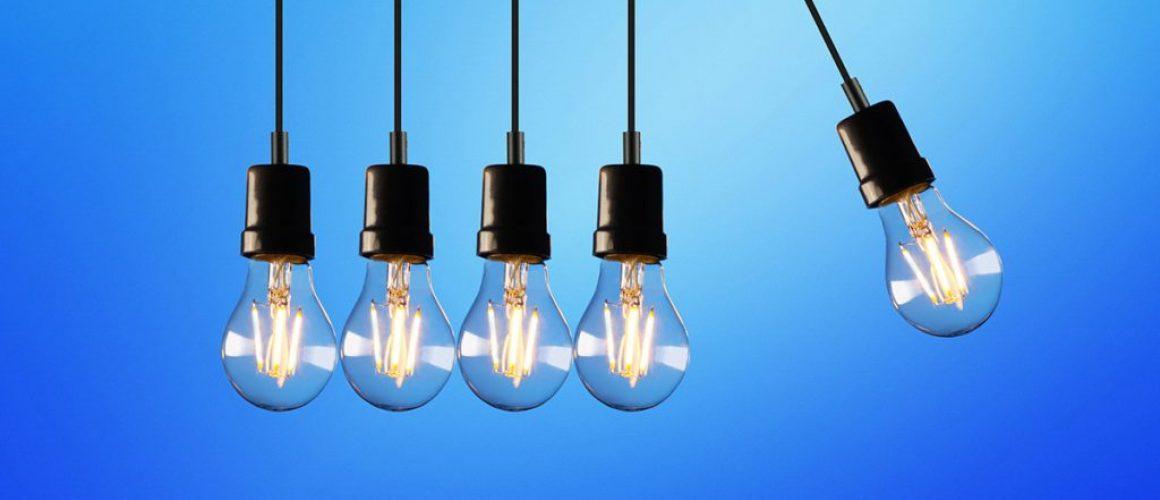 physics-newtons-cradle-lightbulb